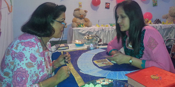 Top @10 tarot readers in India